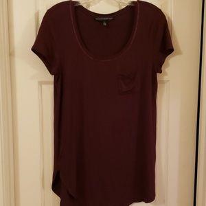 Sz S EUC burgundy long length short sleeve tee